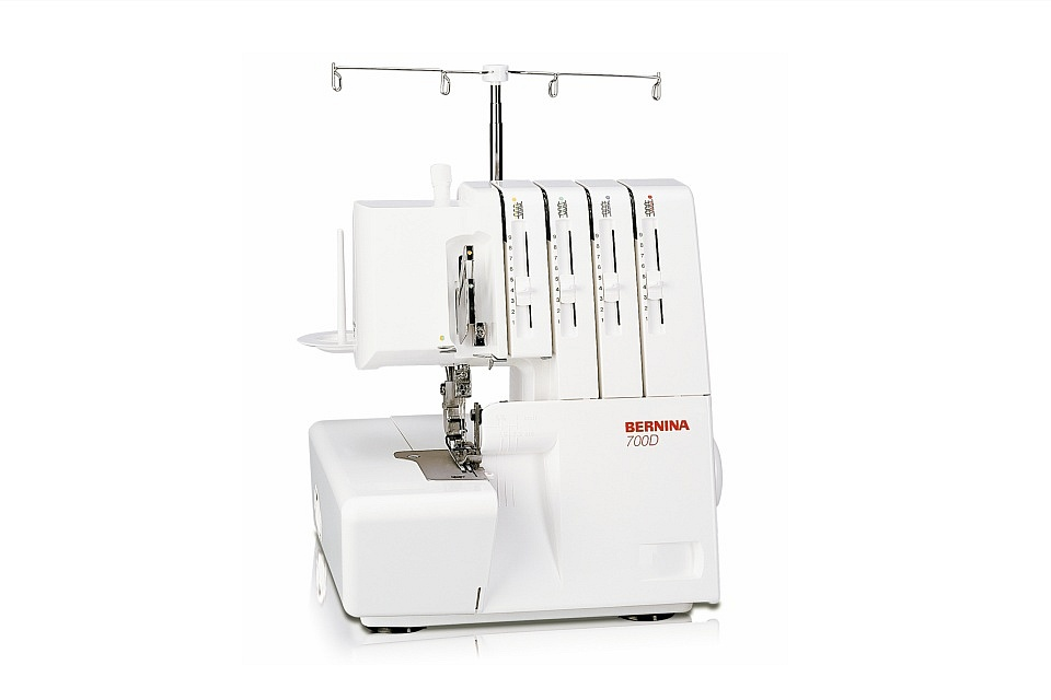 Lockmachine - Bernina 700D