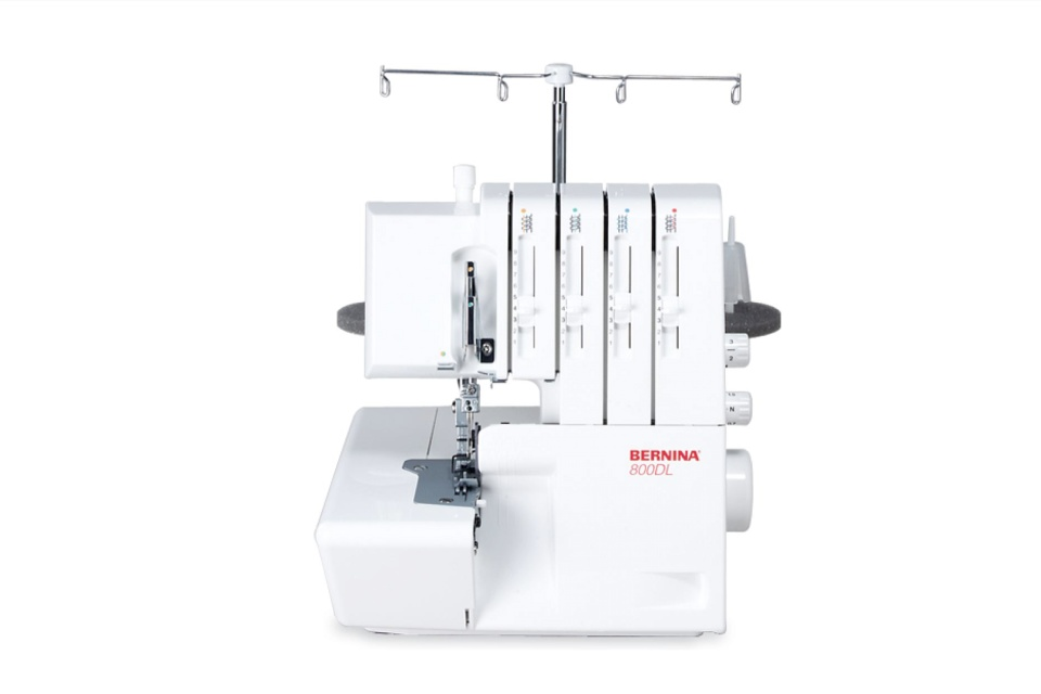 Lockmachine Bernina - 800 dl